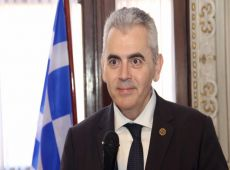 """Μ. Χαρακόπουλος για απάντηση Σκυλακάκη: """"Έμπρακτη αναγνώριση της προσφοράς γιατρών και νοσηλευτών"""""""